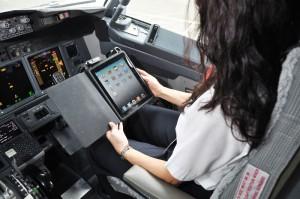 Alaska_airlines_ipad_pilot