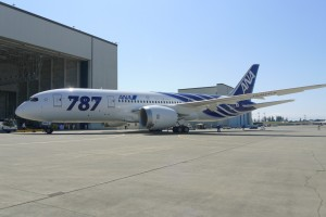 Boeing_787_ANA