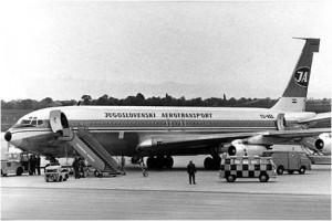 JAT_Boeing_707