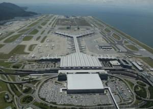 Hong_Kong_airport_havayolu