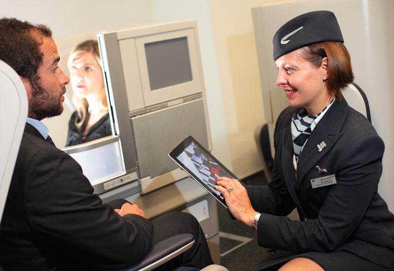 British-Airways_cabin_crew_iPad_hostes