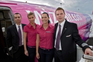 Wizz_air_ekip