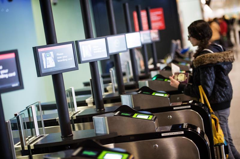 Heathrow_smart_boarding