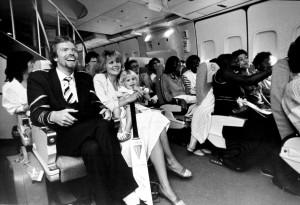 Virgin Atlantic_Richard_atlantic_inaugural_cabin_family_1984