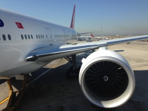 Turkish Airlines_Boeing 777-300ER_TC-JJR_July 2014_002