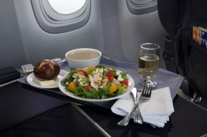 United Airlines_Strawberry+FieldsSalad