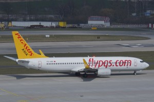 Pegasus_Asia_Airlines_Boeing_737-800_TC-AZP@ZRH_01.04.2013
