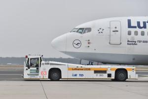 TaxiBot_Lufthansa_LEOS_Frankfurt_Airport_Pushback_Taxi