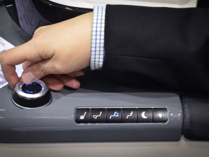 Intuitive seat controls