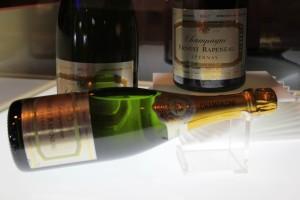 Singapore Airlines_Premium Economy_launch event_champagne