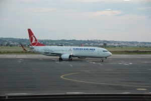 THY_Turkish Airlines_Boeing 737-900_TC-JYF_Thessaloniki Airport_May 2015