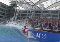 Flughafen Munchen Surf and Style Europameisterschaften im Stationary Wave Riding 2015
