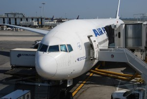 Air France_Boeing 777-200_F-GSPU_New York_JFK_Aug 2009