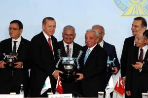 Istanbul_yeni_havalimani_IGA_kredi_imza_erdogan_cengiz
