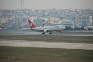 THY_Turkish-Airlines_Airbus-A330_(TC-JNC)_Istanbul_IST_Jan-2009