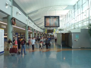 Auckland_Airport_AKL_In_Main_Hall
