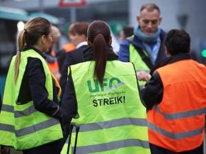 Lufthansa_Strike_cabin crew_nov 2015