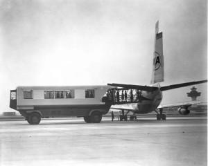 Washington Dulles Airport_Mobile Lounge_TWA_retro