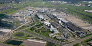 Amsterdam Schiphol (AMS) Havalimanı - Havadan Görünüş