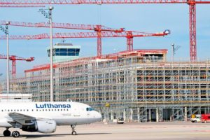 Munich Airport_new satellite terminal_September 2014 The roof and facade are watertight