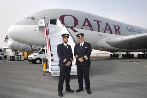 Qatar Airways_captain_pilot_cockpit_crew_Airbus A380