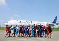 Skyteam_cabin crew_hostes_group_2014