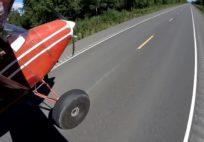 Crazy landing on road - Incredible Bush-flying in Alaska