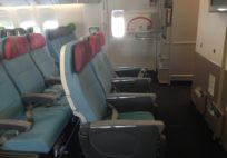 Türk Hava Yolları - Boeing 777 Economy Class