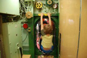 intrepid-sea-air-space-museum_submarine-growler_004