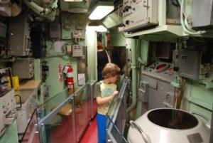 intrepid-sea-air-space-museum_submarine-growler_006