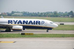 Ryanair - Boeing 737 - Bologna Airport (June 2015)