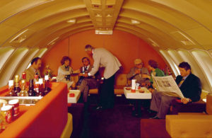 Boeing 747 - Upper Deck Bar and Lounge