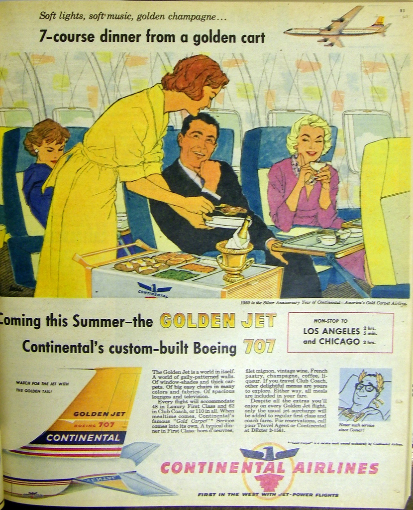 Continental_Boeing_707_Golden Jet