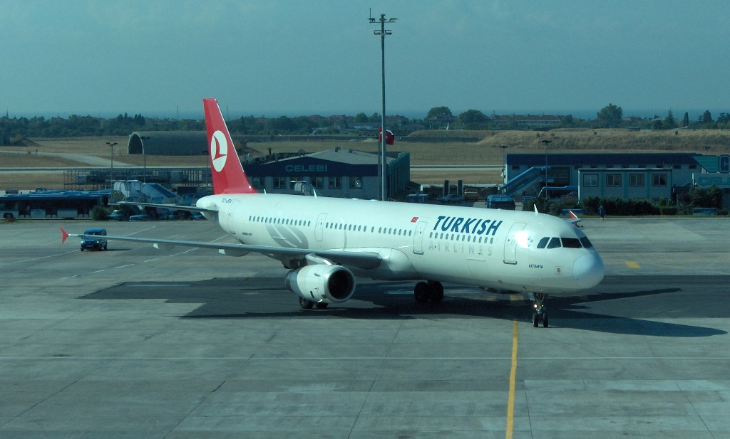 THY_Airbus_A321