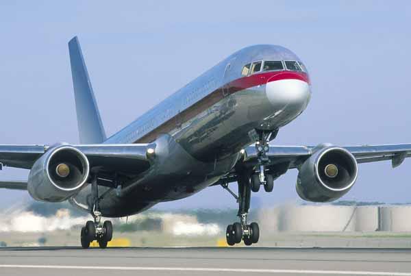 Boeing_757-200_ucak