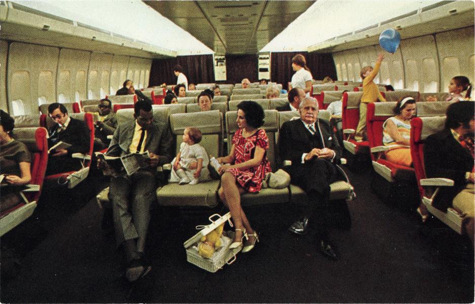 PanAm_Boeing_747_ Economy_Class_1970