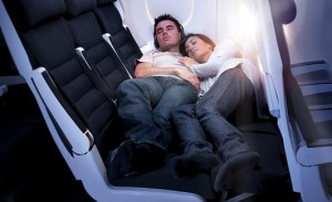 Air New Zealand_skycouch