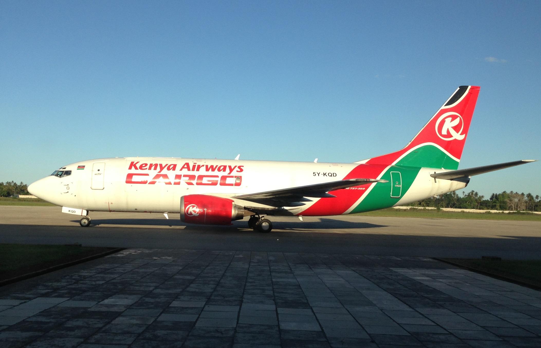 Kenya Airways Cargo_Boeing 737-300_5Y-KQD