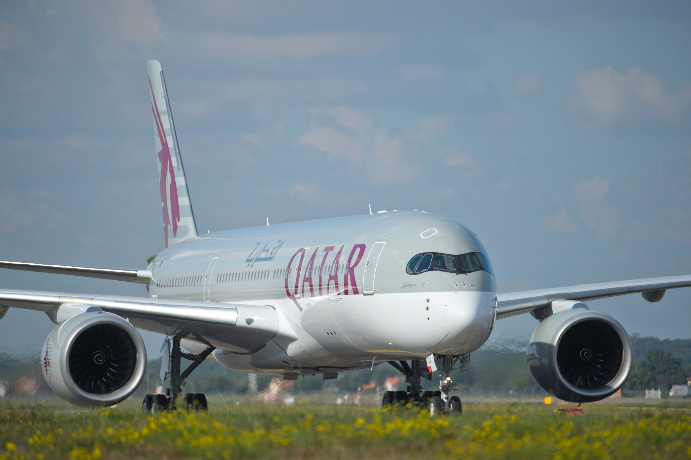 Qatar Airways_Airbus A350_first delivery_A7-ALA_002