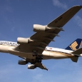 Singapore Airlines_Airbus A380_9V-SKB