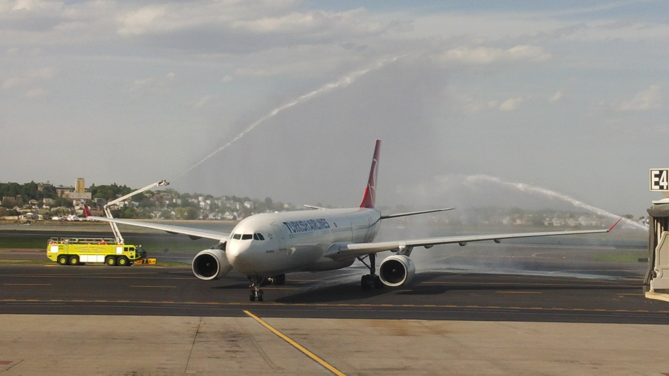 Turkish Airlines_Boston_Inaugural-Flight_12-May-2014