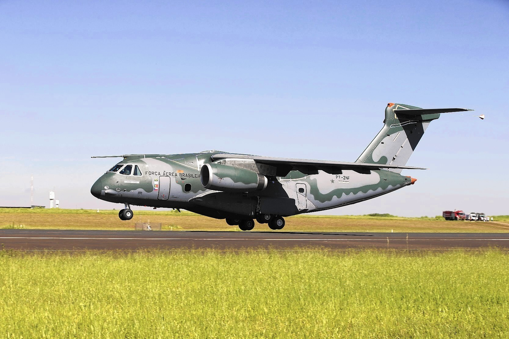 Embraer KC-390 First Flight_Feb 2015
