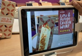 Augmented reality for in-flight snacks
