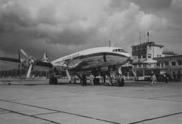 Lufthansa_Super Constellation_1959_Dusseldorf