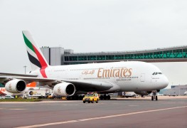 Emirates_Airbus A380_London