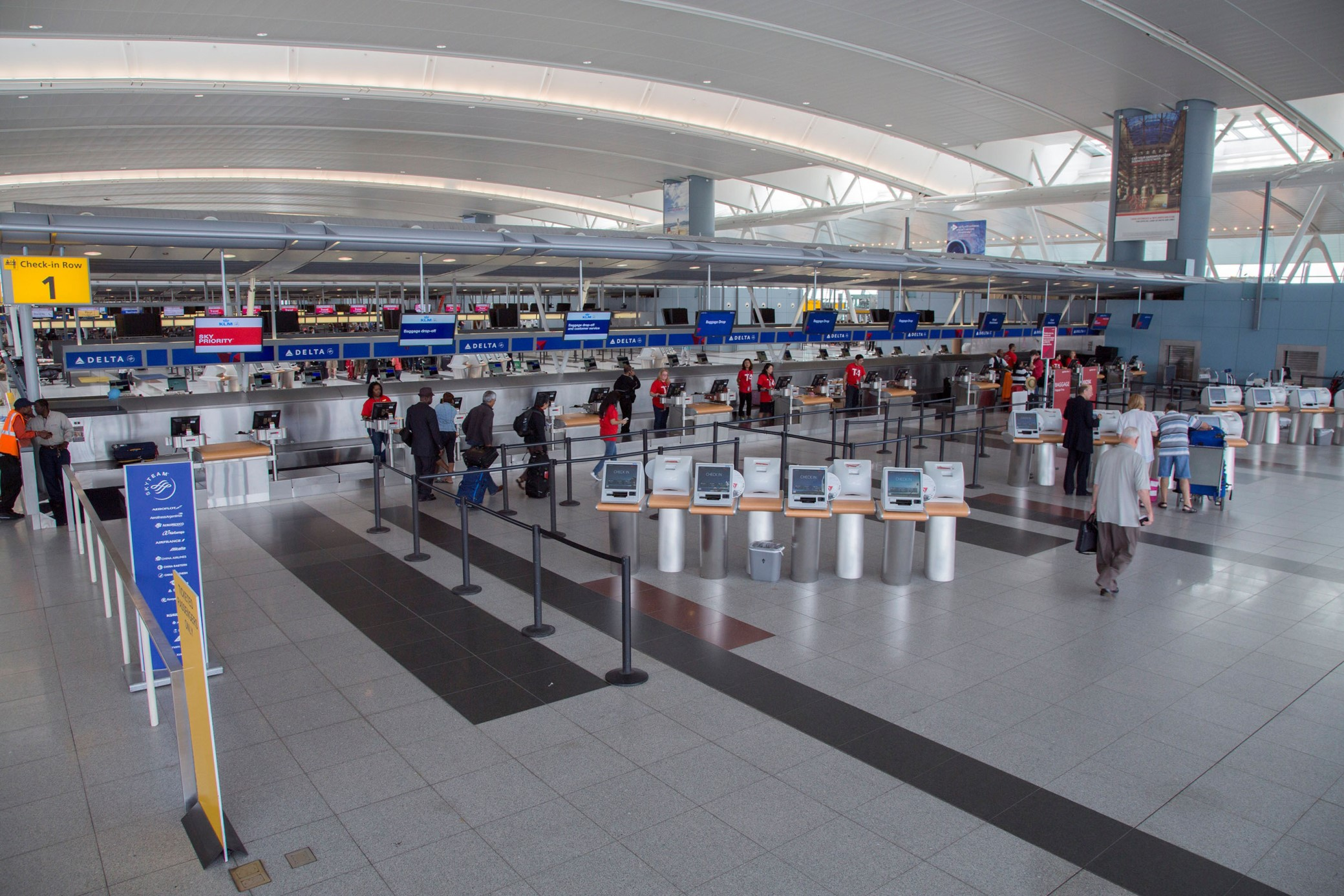 http://www.futuretravelexperience.com/2015/08/real-time-queue-measurement-system-goes-live-jfk-terminal-4/