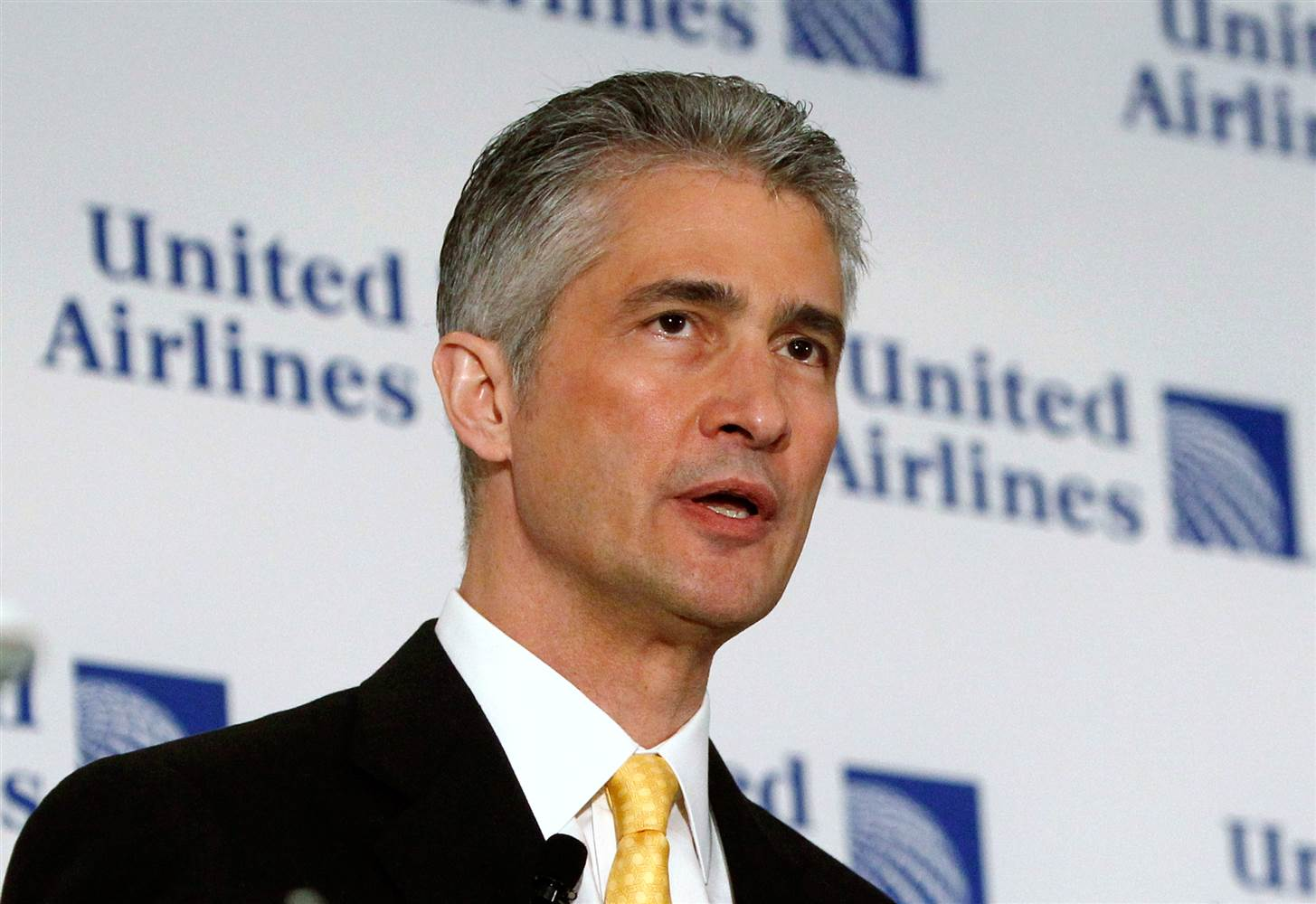 United_Airlines_CEO_Jeff Smisek_resign_2015
