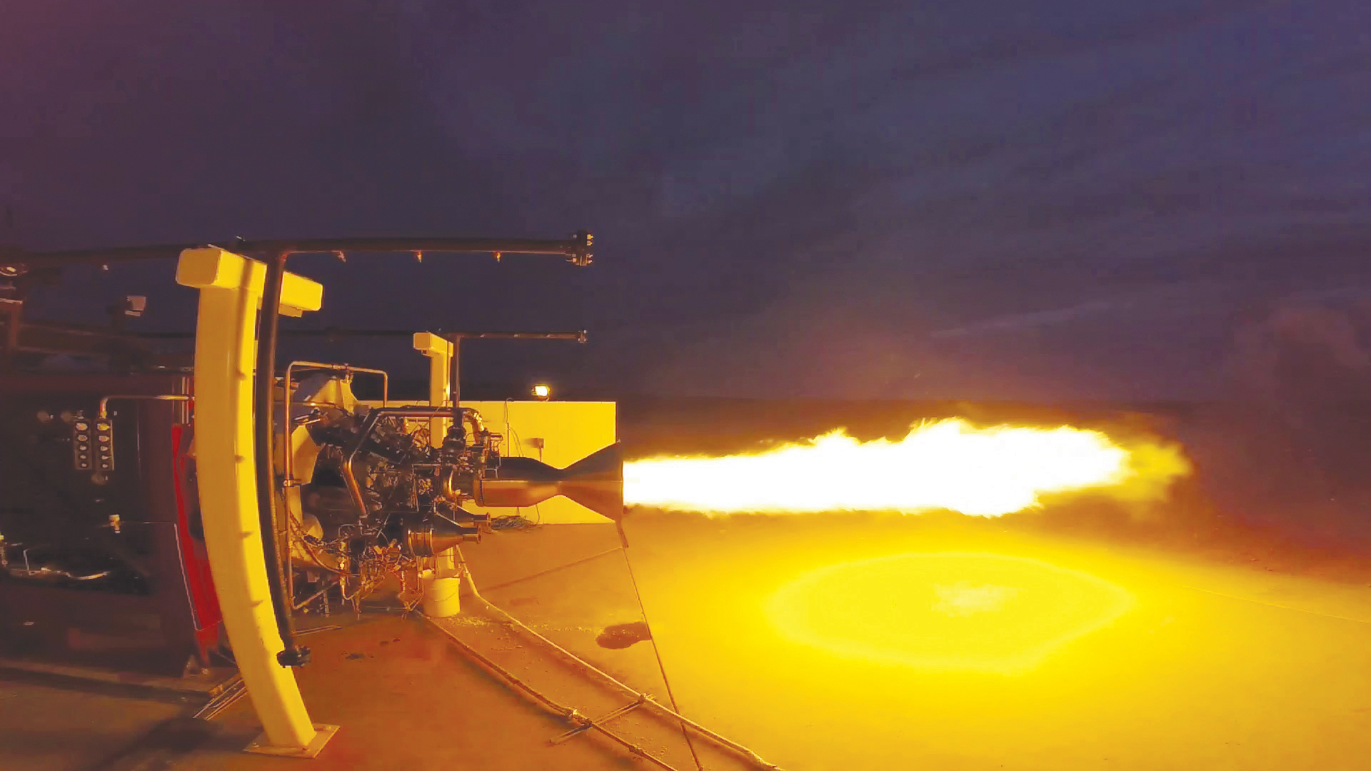 Virgin_Galactic_successful test firing of the NewtonThree main stage engine_Sep 2015