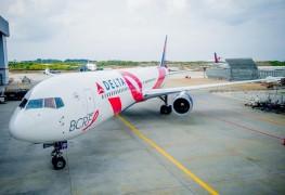 Delta_Breast Cancer_BCRF_plane_aircraft