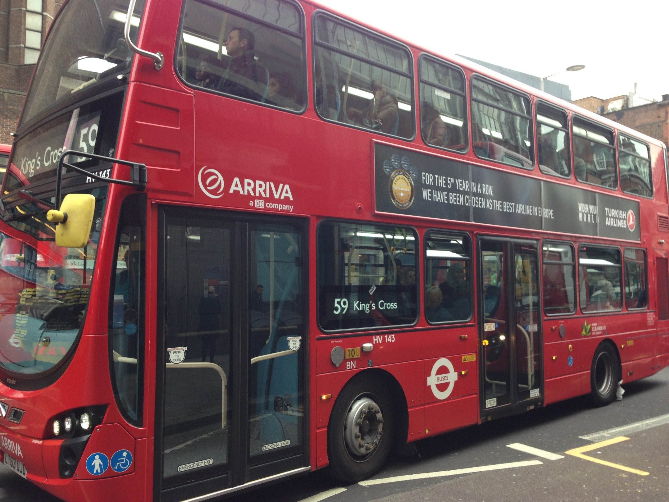Turkish Airlines_THY_Ad_London_Red_Bus